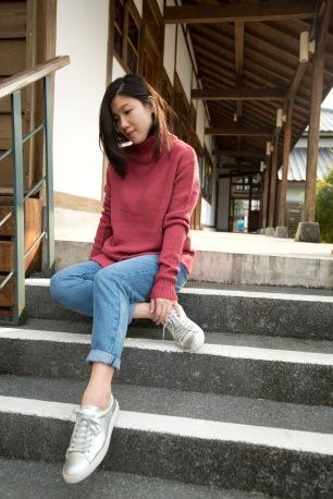 sweater_0000_background-copy-9